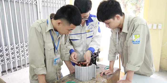 Khoa Điện - Điện tử Tin học